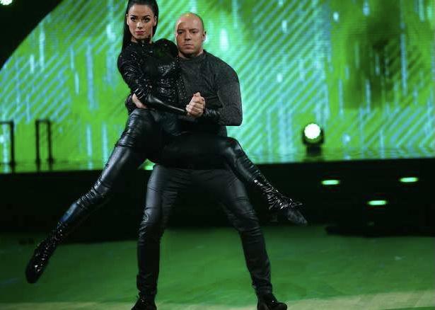 """Fred Buljo from Kautokeino and dance partner Lillian Aasebo are out of """"Skal vi danse"""". FOTO: ESPEN SOLLI/TV 2"""